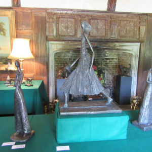 PASHLEY MANOR GARDENS Helen Sinclair Pieces At The Sculpture In Particular 2017 By Kate Wilson