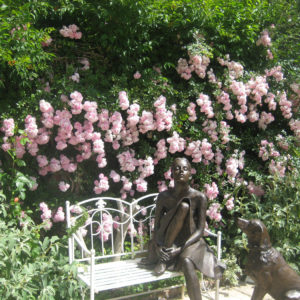 PASHLEY MANOR GARDENS Sculpture By Kate Denton And Roses