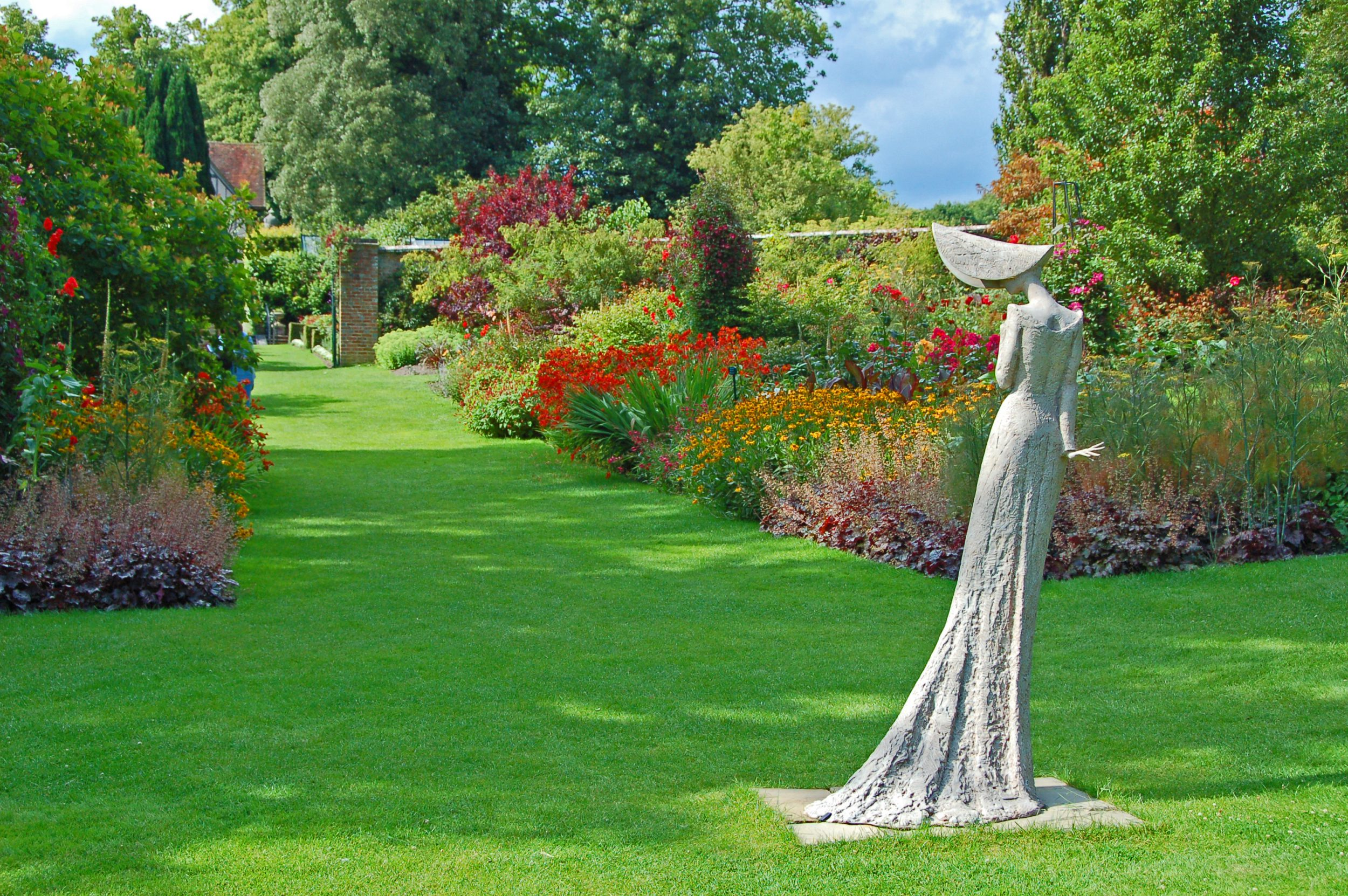 PASHLEY MANOR GARDENS Mr Bennet's Daughter by Philip Jackson taken by Ray Pearson